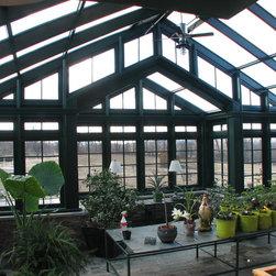 Greenhouse | Residential Hartford Green - Solar Innovations, Inc. // Greenhouses