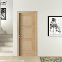 """Baltimora Model - This is the collection that marked the turning of the new millennium in the world of doors: the blockwood leaf is """"wrapped"""" in two sheets of sliced wood veneer. Gentle lines, classic style, and high quality materials."""