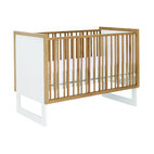 Loom Crib, Snow w/ Light Wood Frame
