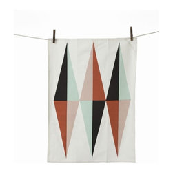 Ferm Living Spear Tea Towel - Make washing up after dinner a little more enjoyable with the pretty Ferm Living Spear tea towel. Printed on 100 percent organic cotton, it's as ecofriendly as it is attractive.