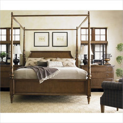 Lexington Quail Hollow Georgetown Poster Bed in Wellington Finish - The versatility of this bed provides four looks according to your taste. The low post option on both headboard and footboard is shown here, yet it also ships with four posters and a canopy so you can change your look with every season.