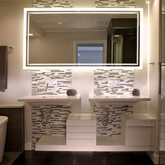 contemporary bathroom mirrors by Seura
