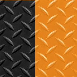 "buyMATS Inc. - 2' x 3' Supreme Diamond Foot 11/16"" Black/Orange - Features:"