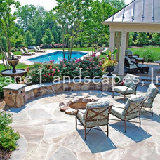 Contemporary  by Kane Landscapes, Inc.