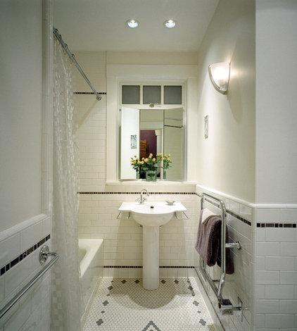 Upscale Vintage bathroom