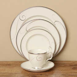 Noritake - Noritake Platinum Wave 5-piece Place Setting - Serve dinner on this beautiful Noritake dinnerware set during your next dinner party to create an elegant look that is delicate and lovely. The matching dinnerware adds a warm touch to the table and make it easy to be sure everyone has a meal to eat.