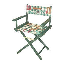 Renovators Supply - Folding Chairs Cotton/Wood Frame Folding Chair 33 5/8 H x 22 W | 67514 - Fishing Chair. This directors chair has a green wooden frame with 100 percent cotton back and seat. Measures 33 5/8 in. H x 22 in. W x 15 3/4 in. proj.