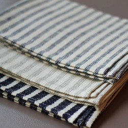 Fog Linen Kitchen Cloth - Spruce up your kitchen with some simple and stylish linens.