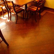 Traditional Hardwood Flooring by Globus Cork