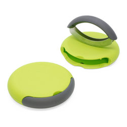 Joseph Joseph - Compact Herb Chopper - This stylish design comprises of a non-slip chopping unit and a double hachoir in one.