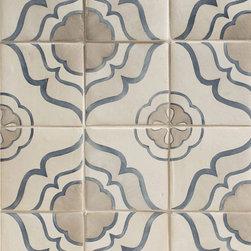 Duquesa Jasmine Decorative Field in Mezzanote - Ceramic and Terracotta