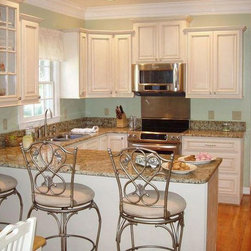 Antique White Kitchen Cabinets Home Design - We ship out hundreds of Antique White kitchens each month from our fully stocked warehouses across the US. You can receive your new cabinets in just 7-14 business days!