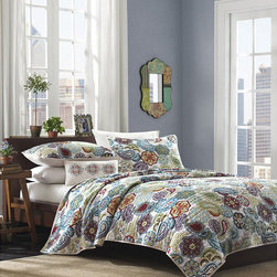 Mi-Zone - Mizone Asha 4-piece Paisley Quilt Set - Enjoy the coziness this soft polyester microfiber quilt set brings. The machine washable quilt is easy to clean. It comes with matching sham and pillow cover. This Asha set will add a contemporary touch with its paisley and floral patterns.