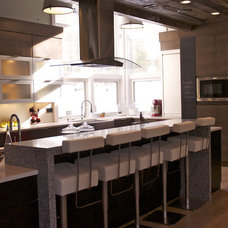 Modern Kitchen Countertops by Direct Door Hardware