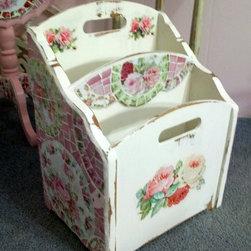 Gorgeous Pink Rose Mosaic Magazine Rack/Holder -