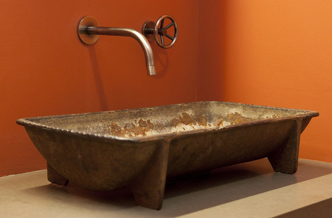 Industrial Bathroom by Artistic Designs for Living, Tineke Triggs