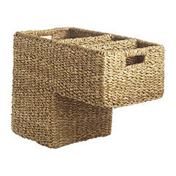 STAIR STEP BASKET - What it is about stairs that make them accumulate so much stuff? Whatever it is, we do know that you can instantly clear up all that visual clutter by depositing items in our fabulous seagrass basket. It's a great way to avoid potential tripping hazards (those darn toy cars!).