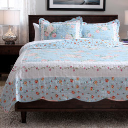 None - Slumber Shop Blue Ridge 3-Piece Reversible Quilt - Add contemporary style to your bedroom with this stylish quilt set. Made of quality materials,this quilt set is both durable and attractive.