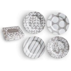 Transitional Dinner Plates by The Organizing Store