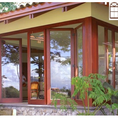 Folding Doors - DYG Windows.