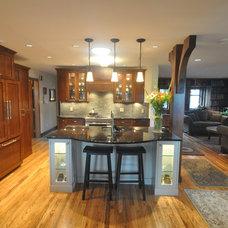 Traditional Kitchen by Lana Lounsbury Interiors