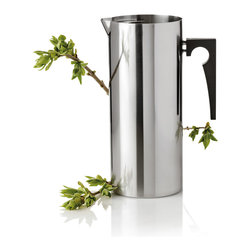 Stelton - Stelton Cylinda Jug w/ Iceclip - About The Cylinda Collection: