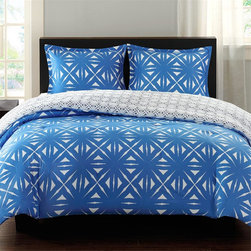 Echo - Echo Lattice Geo Reversible Comforter Mini Set - For a bold contemporary design the Echo Lattice Geo reversible comforter mini set is the perfect look. The comforter features a blue and white geometric inspired lattice print. It is fully reversible so you can easily change the look of your room. The comforter and shams reverse to a smaller scale lattice print for a more subtle design. Made from 100% cotton sateen, this comforter is machine washable for easy care. The set includes 2 shams. Comforter and sham: T210 cotton sateen Filling: 100% polyester