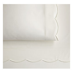 Peacock Alley - Overture Fitted Sheet, Ivory, Queen - Classic style and incredible comfort meet in this 300 thread-count, 100 percent Egyptian cotton sateen fitted sheet. Perfect for your traditional décor.