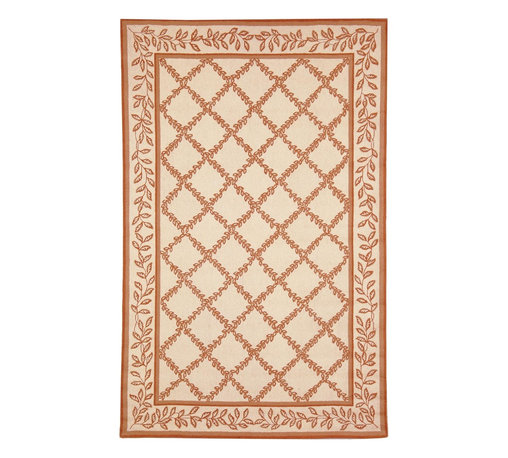 "Safavieh - Chelsea Brown Area Rug HK230C - 5'6"" x 5'6"" Round - 100% pure virgin wool pile, hand-hooked to a durable cotton backing. American Country and turn-of-the-century European designs. This collection is handmade in China exclusively for Safavieh."