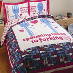 "David & Goliath - Spooning Duvet Set in White and Navy - The spoon and fork design with the text ""Spooning Leads to Forking"" create the centerpiece. The duvet print on the reverse side is pink hearts on a white background matching the sheet set. Duvet set is reversible. Features: -Available in Twin or Full / Queen sizes. -Twin size includes 1 duvet cover and 1 standard sham. -Full / Queen size includes 1 duvet cover and 2 standard shams. -Color: White / Navy. -Material: 100% Cotton sateen. -300 Thread count. -Fabric detail: Printed. -Pattern: Utensils and hearts. -Match with the bed sheets. -Ideal fabric for sharp color registration. -Packaged in a beautiful recyclable cardboard box. -Machine wash for easy care. -Standard sham dimensions: 20"" W x 26"" D. -Twin duvet cover dimensions: 60"" W x 84"" D, 4 lbs. -Full / Queen duvet cover dimensions: 90"" W x 92"" D, 4 lbs."