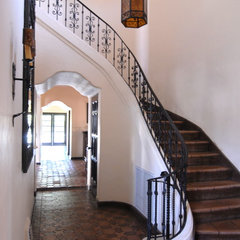 mediterranean staircase by Brenda Olde