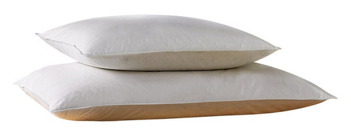 Bed Linens - Down Alternative Pillows, Set of 2 - Enjoy a comfortable night's sleep with this luxurious down alternative pillow set