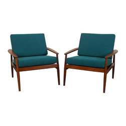 Hans Olsen - Pre-owned Danish Teak Lounge Chairs by Hans Olsen - Turn your home into a teal Mid-Century Modern oasis with these Danish Modern chairs by Hans Olsen. The woven wicker backs add a lighter, more casual air to this pair to balance out the calm but brooding sentiment that the dark frame and stormy sea hue exude. They will look fabulous at the end of a bed or in a living room of many styles.