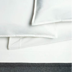 Pleat White 100% Organic Cotton Duvet Cover - High quality cotton duvet cover, made from Green materials. A great way to get a modern look with a healthy and eco-friendly product.