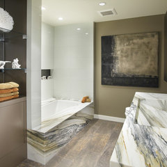 modern bathroom by Faith Cosgrove