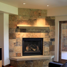 Contemporary Family Room by Pinnacle Mountain Homes