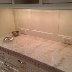 Countertop Materials Quartzite : ... material from Levantina Chicago. White kitchen, quartzite, quartzite