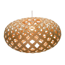 David Trubridge - David Trubridge Kina 440 Pendant Lamp - A dramatic series of diamond shapes are highlighted around this gorgeous lamp. The intricate flower design atop is just another elegant detail you'll admire.