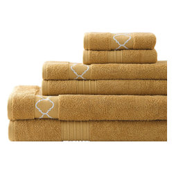 Quatrefoil Embroidered/ Solid Zero-twist Egyptian Cotton 6-piece Towel Set Gold - Soft and absorbent, these terrific towels will add comfort as well as style to your bathroom decor. Crafted with an embroidered quatrefoil design, this six-piece set is crafted with pure, zero-twist Egyptian cotton.