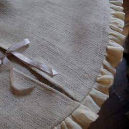 Burlap/Scrim Tree Skirt - This beautiful handmade burlap tree skirt with a scrim edge will add just the right touch of rustic elegance to your Christmas tree.