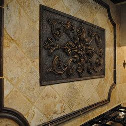 Rich Colonial Kitchen -