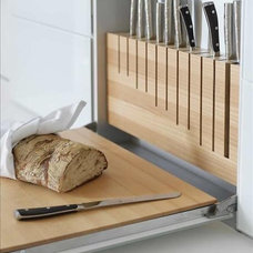 knife storage w/pull down cutting board | Home: Kitchen, Breakfast No…