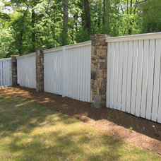 Traditional Landscape by Atlanta Decking & Fence Co., Inc.