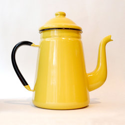 Enamel Coffee Pot in Yellow - Invite a friend over to enjoy a cup of coffee and your stylish taste in design. This beautiful coffee pot will surely brighten up your morning.
