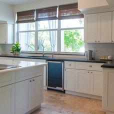Transitional Kitchen by Habify