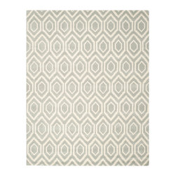 Safavieh - Ernesto Hand Tufted, Grey / Ivory 11' X 15' - The Chatham collection by Safavieh contrasts ancient Moroccan motifs with a fashion-forward palette of bright and pastel colors. These stunning hand-tufted wool rugs are crafted in India to recrea the elegant look of hand-knotted carpets for today'slifestyle interiors.