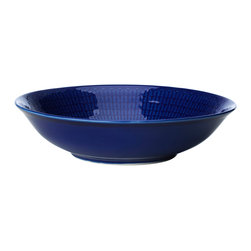 "iittala Swedish Grace Cereal Bowl 7.5"" Sea - A design classic in six colours. This tableware still evokes the same emotions as when it was unveiled at the Stockholm Exhibition in 1930. Louise Adelborg succeeded in conveying the sensation of ears of wheat swaying in the summer breeze."