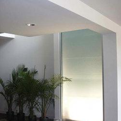 Backlit Acid Etch Water Feature - http://glasstekinc.com