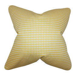 """The Pillow Collection - Lviv Houndstooth Pillow Yellow 18"""" x 18"""" - Reinvent your home by adding a splash of color to your interiors. This accent pillow features a houndstooth print in shades of yellow and white. This toss pillow complements a variety of settings and pattern. Made of 100% soft cotton fabric, this 18"""" pillow is proudly crafted in the USA."""