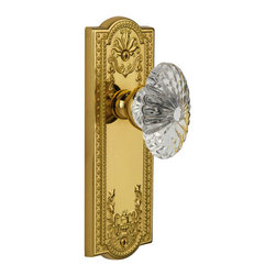 Grandeur - Grandeur Single Dummy-Parthenon Plate-Burgundy Crystal Knob-Polished Brass - The polished brass Parthenon Plate's sumptuous detailing is inspired by the Greek Revival movement which began in the mid-1800's and still endures today. Combine our Burgundy Crystal Knob, with its 24 individual light-reflecting segments, and the result will appeal to both your visual and tactile senses. All Grandeur knobs are created from 24% lead crystal for unparalleled clarity and beauty, and mounted on a solid (not plated) forged brass base.